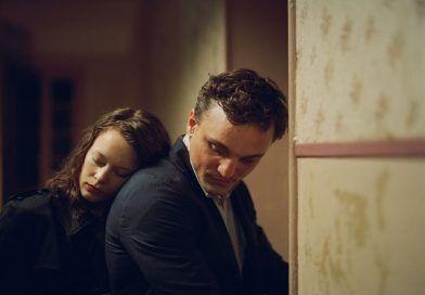 Crítica de En Tránsito dirigida por Christian Petzold| Festival de Cine Alemán