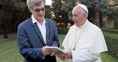 Estreno de El Papa Francisco