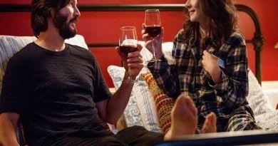 Hablando se entienden los solteros | Crítica de Destination Wedding